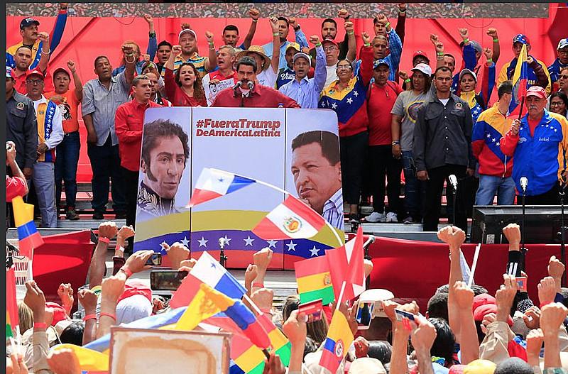 Os trabalhadores apoiam o governo Maduro, eleito democraticamente