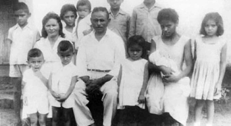 João Pedro Teixeira foi casado com a também paraibana Elisabeth Teixeira, com quem teve 11 filhos