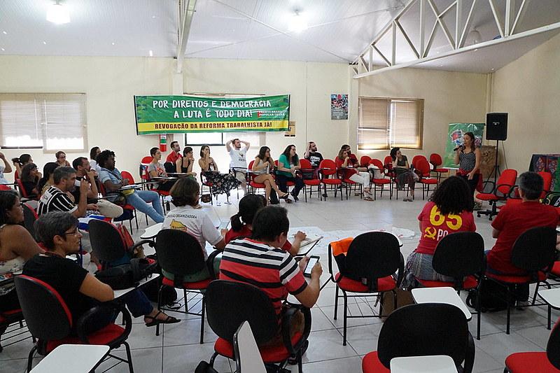 Cerca de 60 médicos, estudantes e lideranças políticas participaram do evento em Fortaleza (CE)