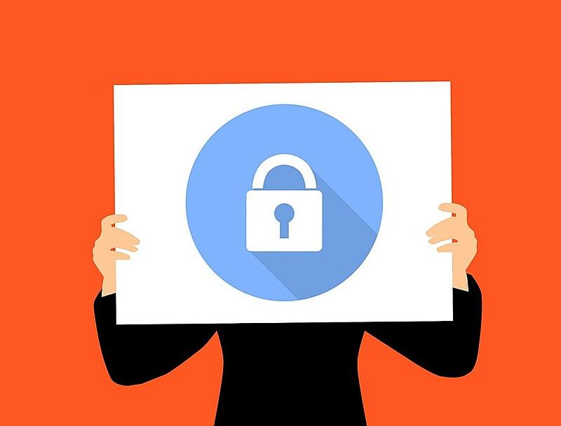 """Ao clicar em """"aceito"""" o usuário permite que a extensão tenha acesso às suas informações"""