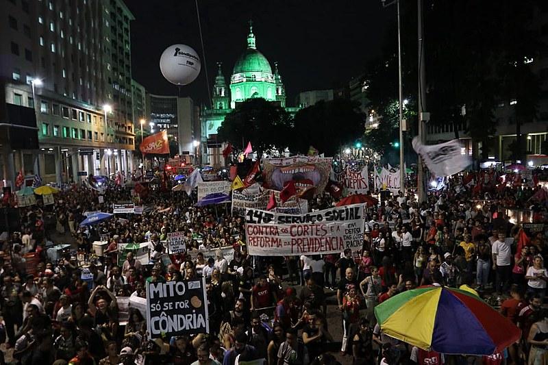 Aproximadamente 45 milhões de trabalhadores e trabalhadoras participaram da greve geral