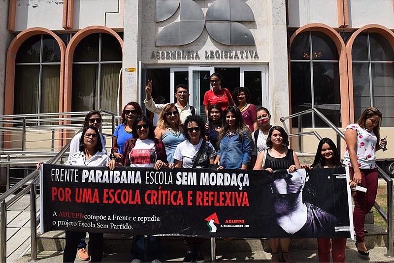 Frente paraibana escola sem mordaça esteve presente