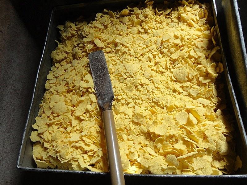 A polenta é feita a partir da farinha de trigo ou do fubá