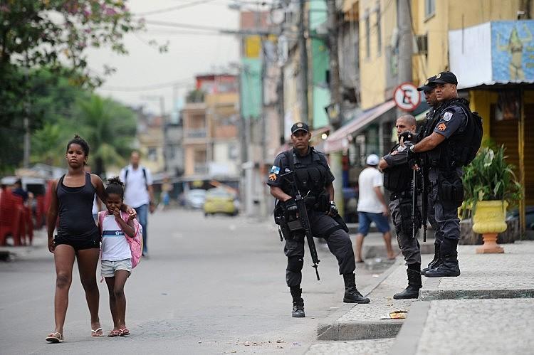 Secretário municipal de Educação disse que pretende formalizar protocolos para que a ação policial não ameace a rotina das escolas