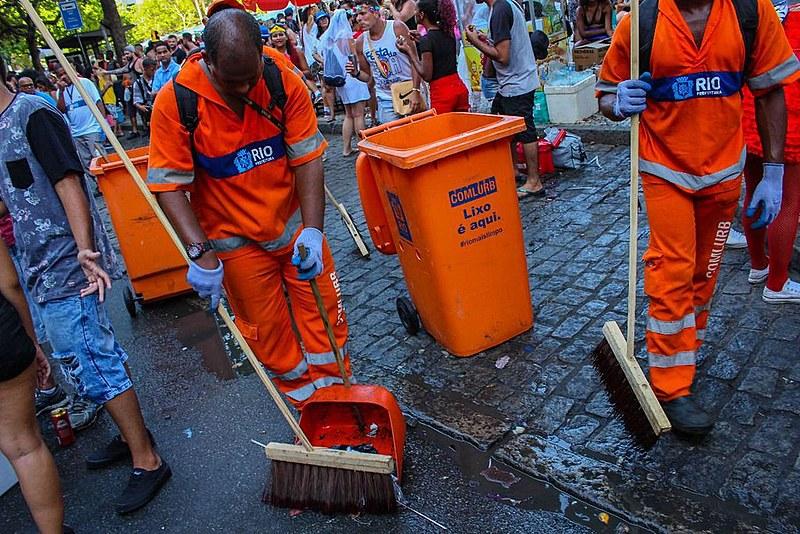 A categoria, que tem cerca de 20 mil trabalhadores no Rio, decidiu por unaminidade pela greve em assembleia com 1500 trabalhadores