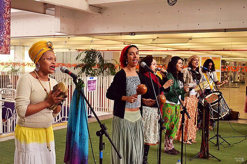 Grupo de Coco Semente Crioula na Virada Feminista de 2015