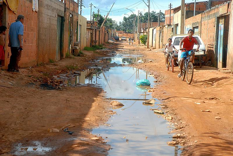 Apenas 21,8% das moradias da região Norte estão ligadas à rede de esgoto