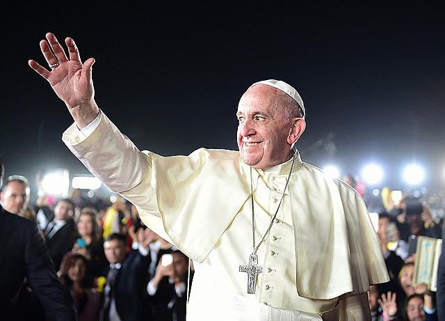 O papa Francisco tem se revelado um líder com alcance politico, que está refletindo sobre os verdadeiros dilemas que afetam a humanidade