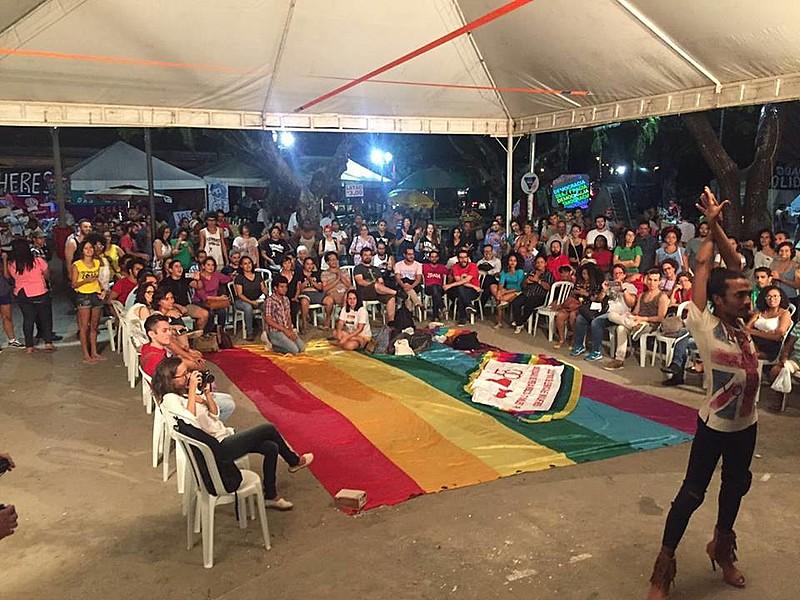 A Plenária aconteceu no Acampamento Popular pela Democracia