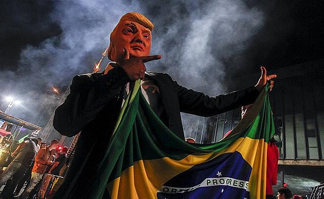 Para especialistas, acuerdo pone la soberania de Brasil en riesgo