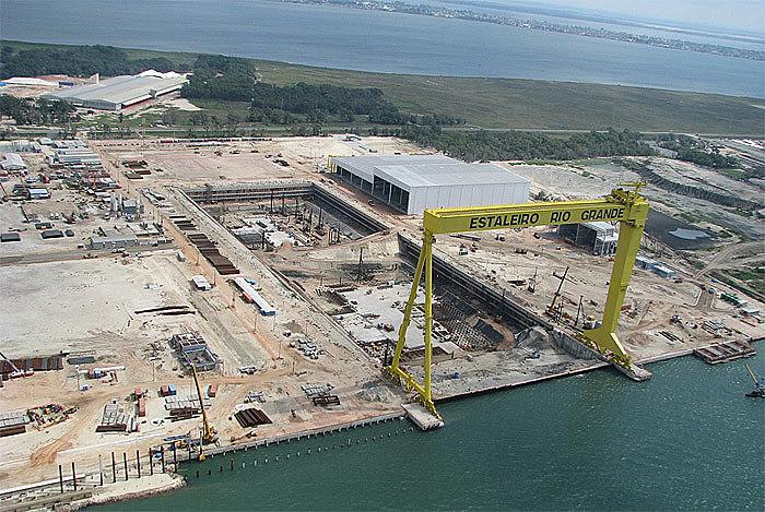 Com obras em andamento, polo naval gaúcho começou a ser sucateado após a suspensão de contratos com a Petrobras