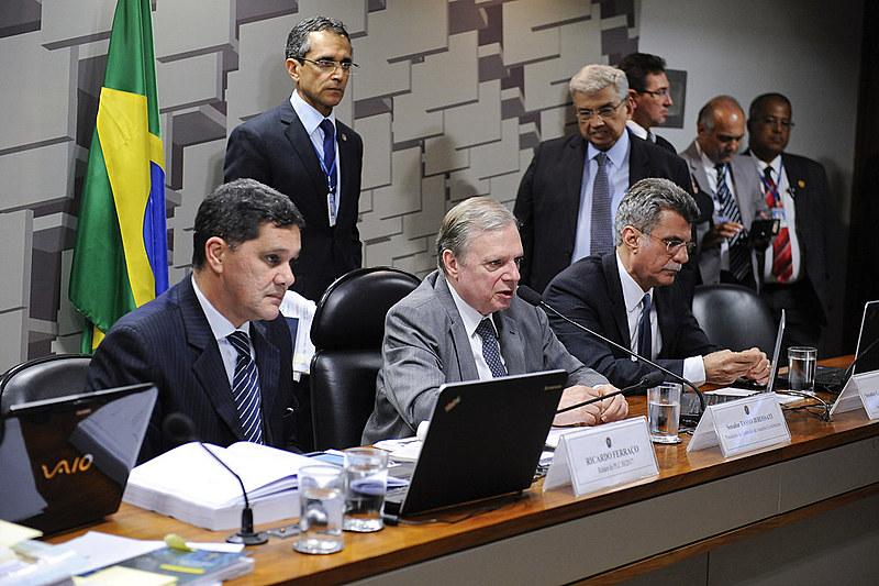Comissão de Assuntos Econômicos (CAE) realiza reunião que trata da reforma trabalhista