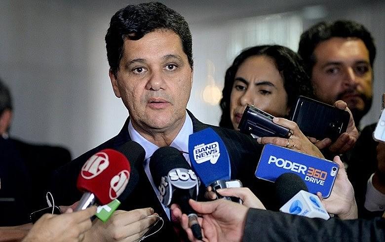 Ricardo Ferraço disse que apresentará seu relatório na CAE da Casa nesta terça-feira (23)