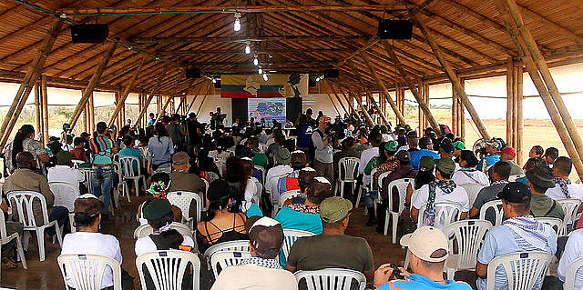 Plenária da 10ª Conferência das FARC-EP, a última da organização como grupo armado
