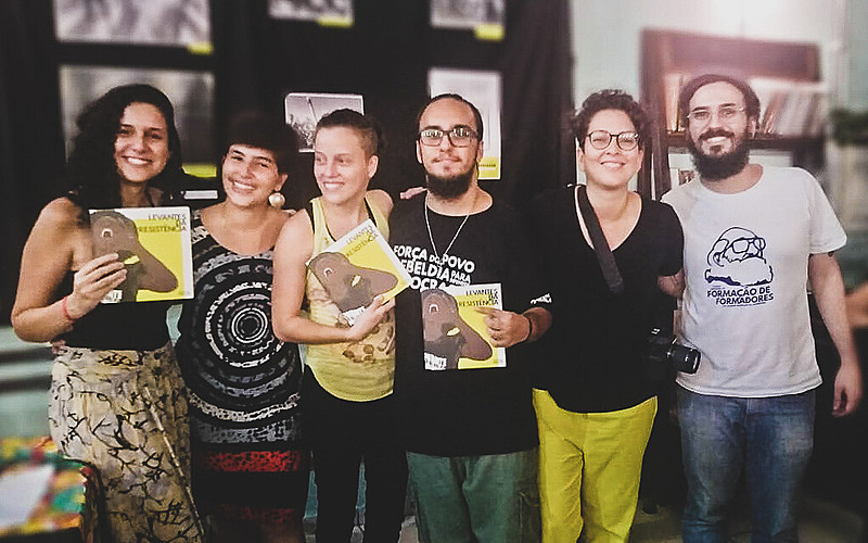 Evento de lançamento em SP: Lorena Carneiro (esq.), Nátaly Santiago, Raíssa Almeida, Guilherme Gandolfi, Emilly Firmino e Luiz Bugarelli
