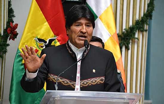 Em meio a protestos dos opositores, Morales alertou nesta quarta para uma possível tentativa de golpe em curso no país