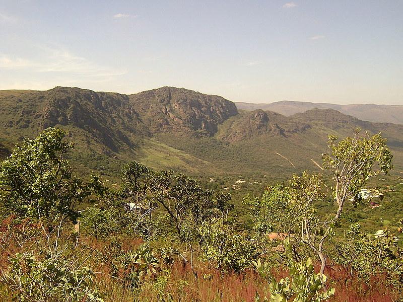 As minas estão localizadas no entorno do Parque Estadual da Serra do Rola Moça