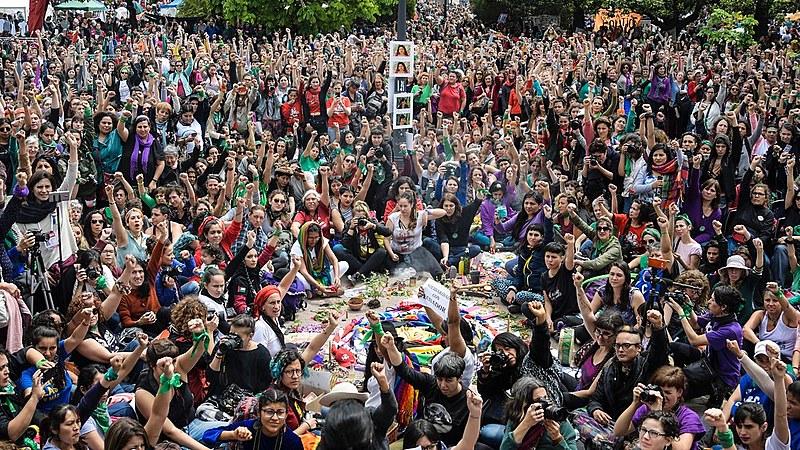 Centenas de milhares de pessoas de toda a América Latina e outras partes do mundo se reuniram por três dias para discutir pautas feministas