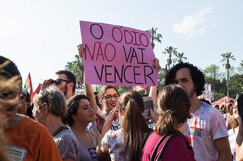 Milhões de pessoas em todo o Brasil já foram às ruas em atos contra o fascismo