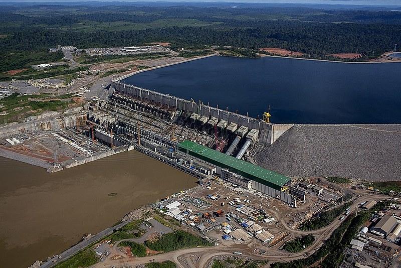 Usina de Belo Monte está localizada na bacia do Rio Xingu, próximo ao município de Altamira, no norte do Pará
