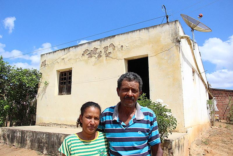 Sebastião considera que sua vida é feliz, com filhos e netos por perto, trabalhando no seu próprio roçado