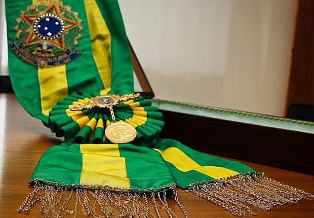 O cargo de Presidente da República é a representação máxima da população.