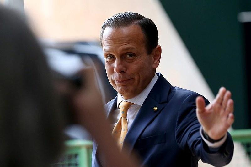 """""""É calote, é enxugamento e é em cima de quem ganha menos"""", afirma o líder do PT na Alesp, Teonílio Barba"""