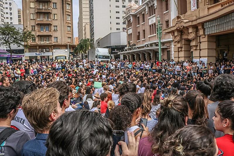 Cerca de 300 mil pessoas se manifestaram nas ruas de São Paulo (SP) no 30M, contra os cortes na educação e contra a PEC da Previdência