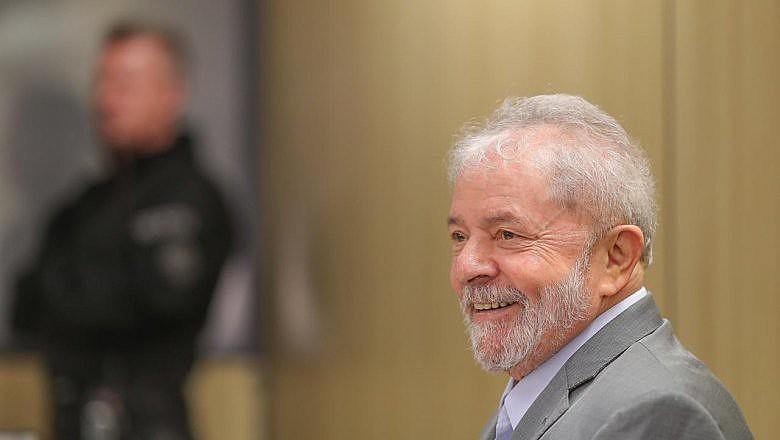 Lula durante entrevista ao Der Spiegel na carceragem da Polícia Federal em Curitiba