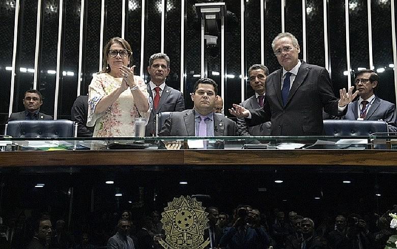 Senadores Kátia Abreu (PDT-TO), Davi Alcolumbre (DEM-AP) e Renan Calheiros (MDB-AL): disputa quase inédita na Casa