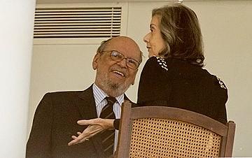 Cármen Lúcia recebe Sepúlveda Pertence, advogado e ministro do tribunal de 1989 a 2007