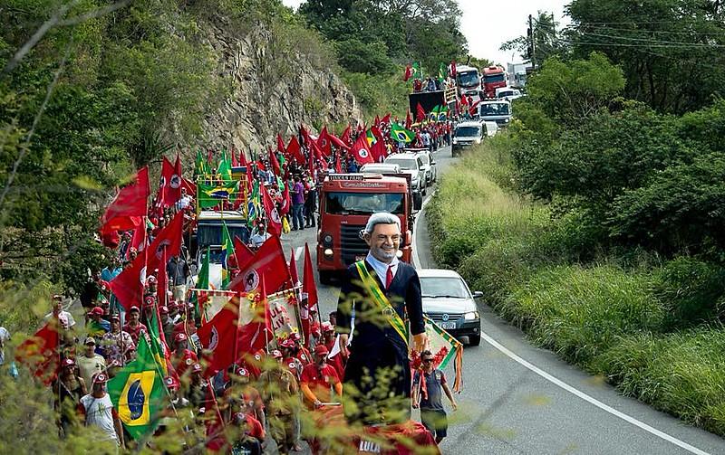 Militantes saíram de Caruaru na segunda (16) e chegaram sexta (20) no Recife