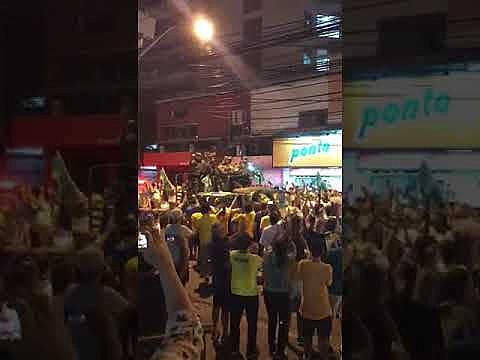 Militares salieron a las calles para conmemorar el resultado de la votación en la segunda vuelta de las elecciones en Brasil