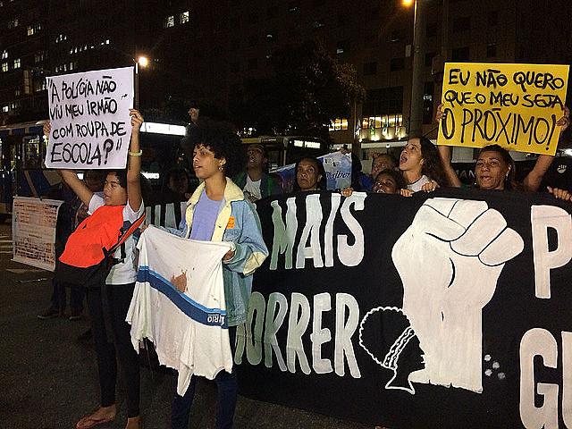 En la parte delantera de la manifestación estaban las madres de víctimas de violencia de Estado, entre ellas, la madre de Marielle Franco