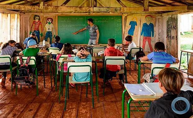 As escolas estão sendo fechadas pela Secretaria Municipal de Educação (Semed)de forma irregular