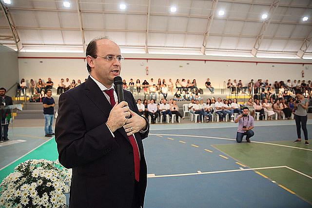 O ministro Rossieli Soares da Silva prepara mudanças no modelo de educação sem ouvir a população e especialistas