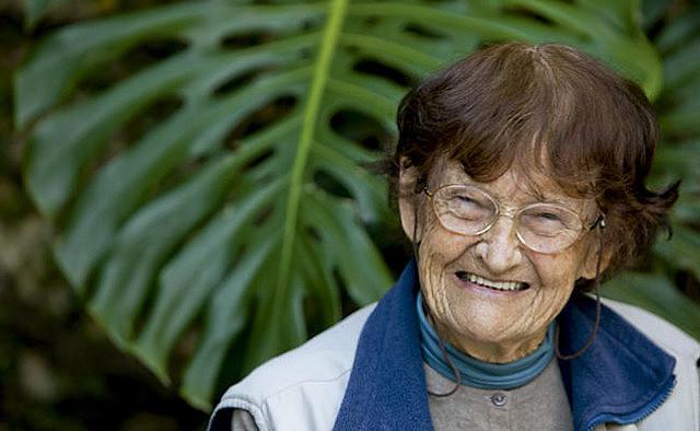 Ana Primavesi deixou diversas obras que demonstram o solo como um organismo vivo e a eficiência das agroflorestas