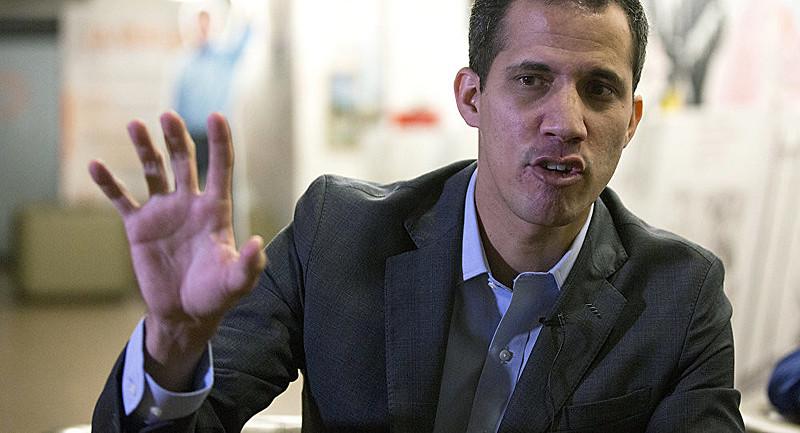 Deputado Juan Guaidó não conta com apoio nem mesmo do maior partido de oposição