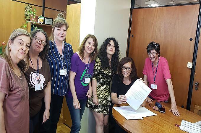 Mulheres do gabinete da deputada exigem PL