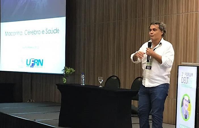Professor titular e diretor do Instituto do Cérebro da UFRN participou de evento promovido pela associação Liga Canábica da Paraíba.