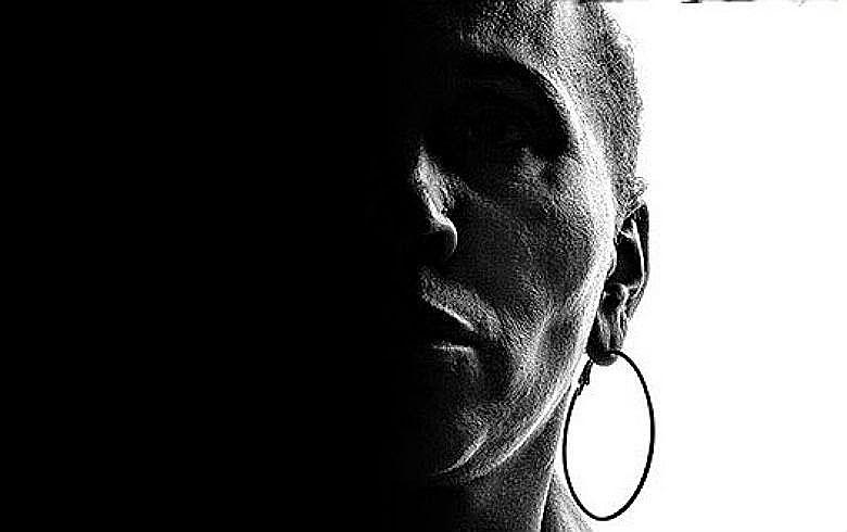 """É uma situação que te constrange, te humilha e te machuca"""", desabafou a mãe de um ex-interno"""