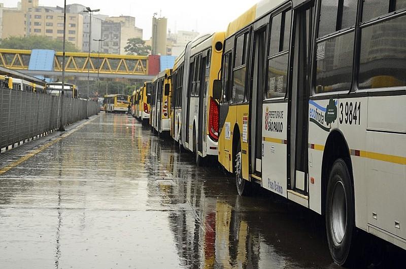 Paralisação deve se estender a todas as linhas e travar todos os terminais de ônibus da cidade de São Paulo