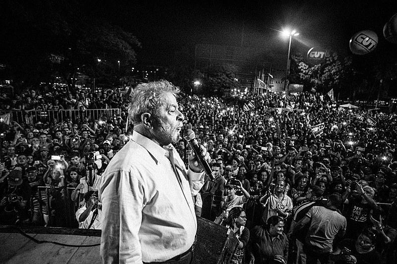 Lula é pré-candidato à presidência pelo PT