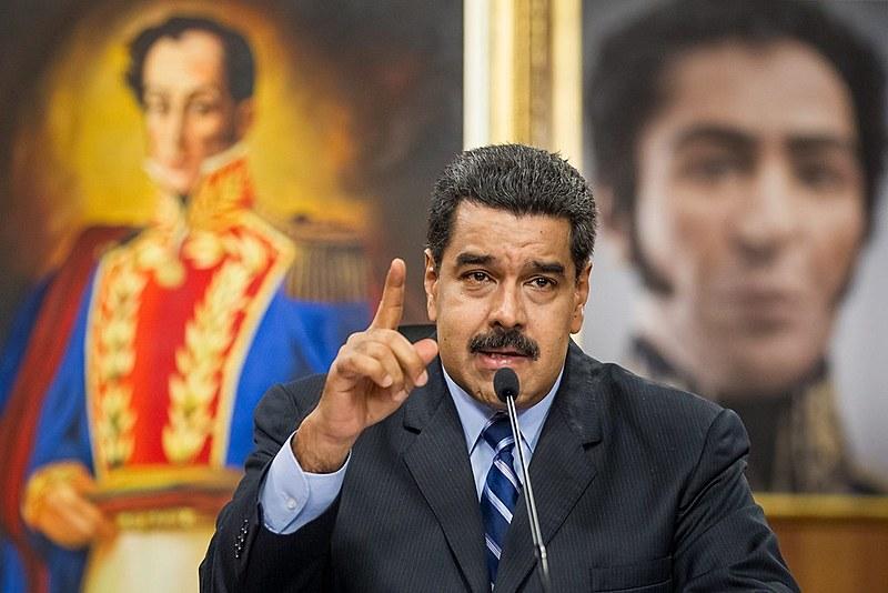 Consul reafirma a legitimidade do governo de Maduro e explica interesses norteamericanos com o petróleo do país