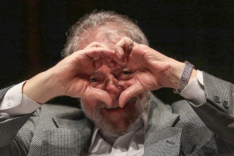 Defesa de Lula argumenta que não há provas para fundamentar a decisão de Moro