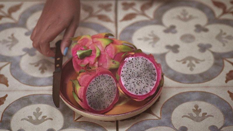A fruta é rica em cálcio, fósforo, vitamina C e auxilia no emagrecimento