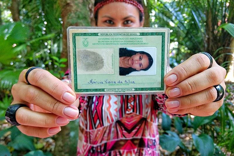 Márcia Vieira da Silva e muitos outros indígenas foram impedidos pelos cartórios de inserir os nomes de seus povos na identidade