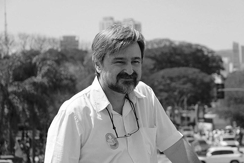 """Gebrim: """"A luta contra o golpe e sua nova ofensiva neoliberal será longa. É hora de jogar energias na retomada do funcionamento da Frente Brasil Popular"""""""