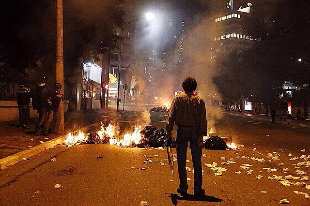 Los protesto de esta última semana terminaron en todos los casos en represión policial / José Eduardo Bernardes / Brasil de Fato