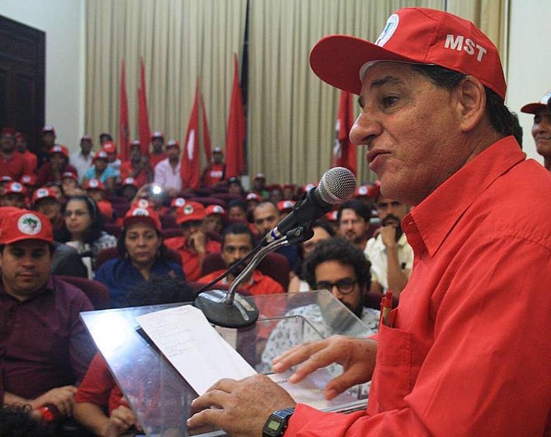 A greve de fome dos sete militantes de movimentos populares recebe apoio de todos os estados do Brasil